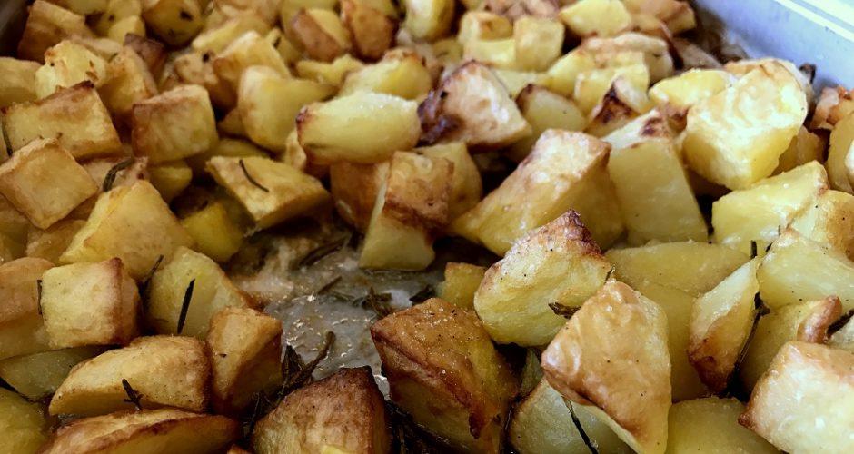 Patate al forno croccanti e perfette