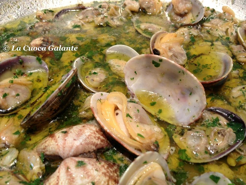 ricette con frutti di mare - vongole