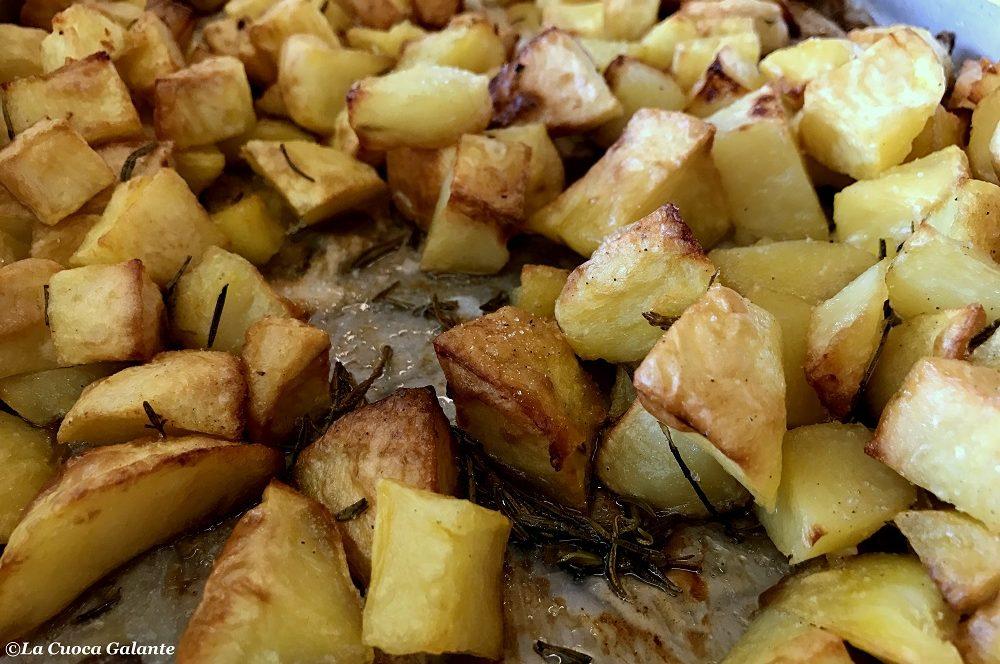 Sapete come fare le patate al forno croccanti e perfette ??