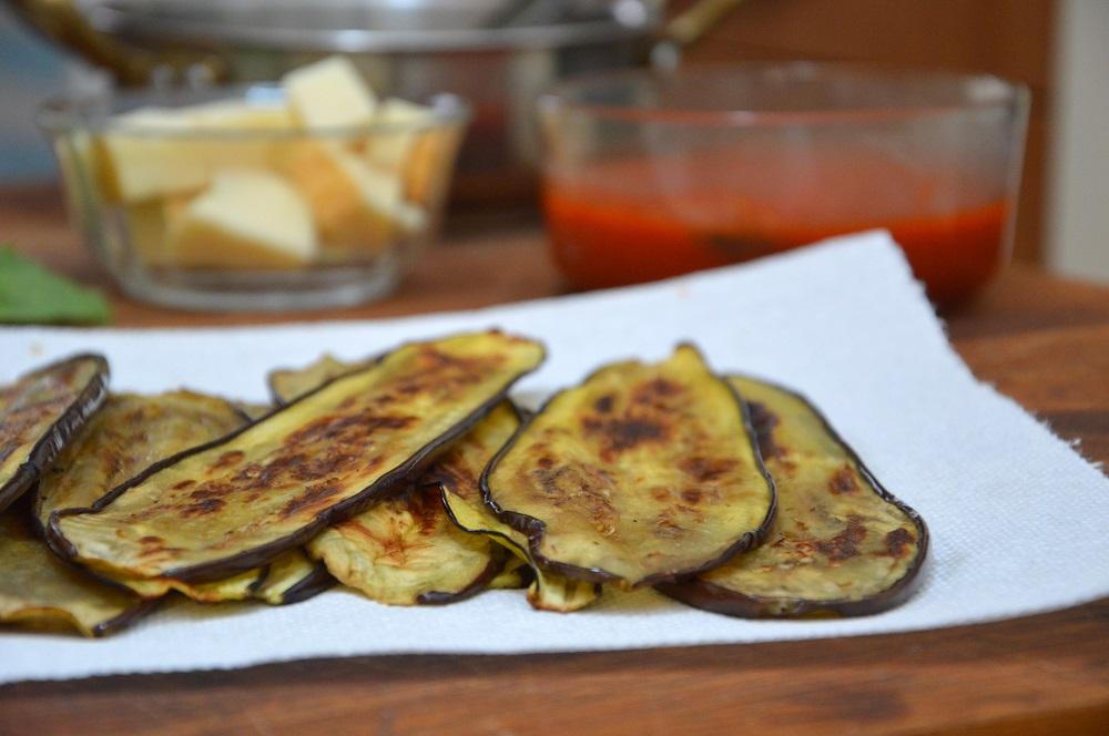 Involtini di melanzane grigliate
